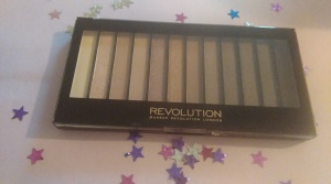 Make-Up Revolution Palette in Iconic 3. I love these colours, and apparently its a great copy of an Urban Decay palette.